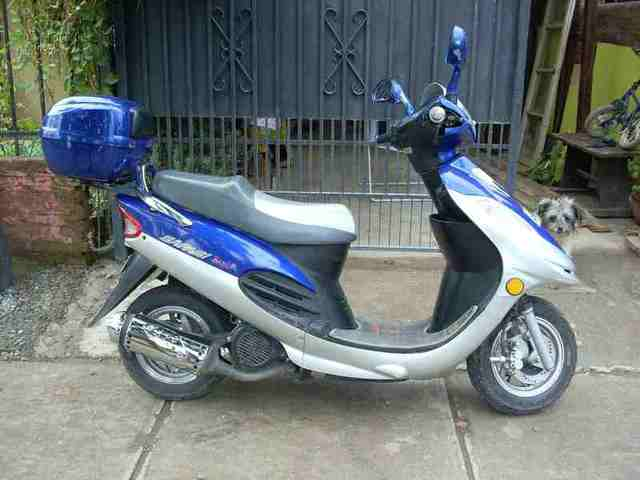 moto scooter 2008