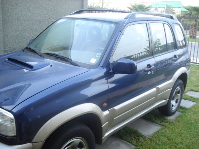 VENDO JEEP GRAN NOMADE - Autos - Chaitén