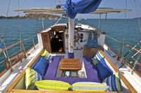 Spacious and confortable 46 ft motorsailer available for snorkeling, fishing and sunset tours - Turismo - Liberia