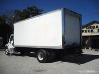 2004 FREIGHTLINER BUSINESS CLASS M2 106 Stock # R2741 Debary Truck Sales - Camiones / Industriales - Panamá