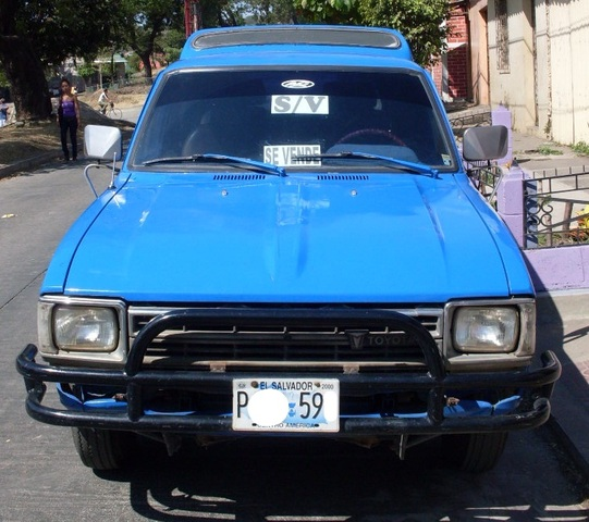 PICK UP TOYOTA  AÑO /82  22R