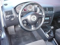 Volkswagen Golf 1,6 Exclusive - Autos - Durazno